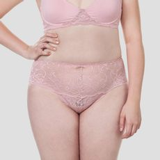calcinha-biquini-alta-renda-plus-size-nude-pink