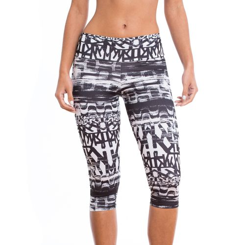a88d03bb9 Fitness - Calças e Leggings Legging Curta Estampado – Marcyn